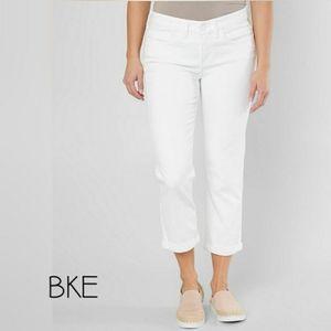 NWOT BKE White Payton Stretch Cropped Jean